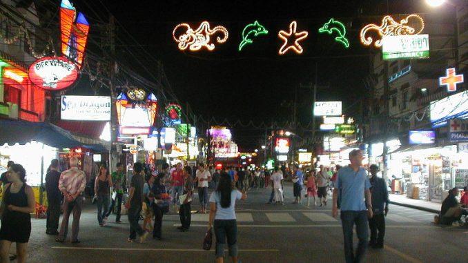 Abzocke auf Phuket, am Strand, Nachtleben